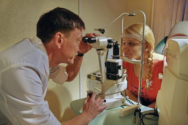 Офтальмолог Попов Андрей Александрович